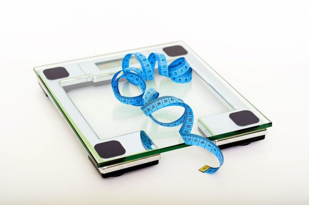 Combien pèse une femme bbw, ronde, obèse, grande taille, grosse,gros cul